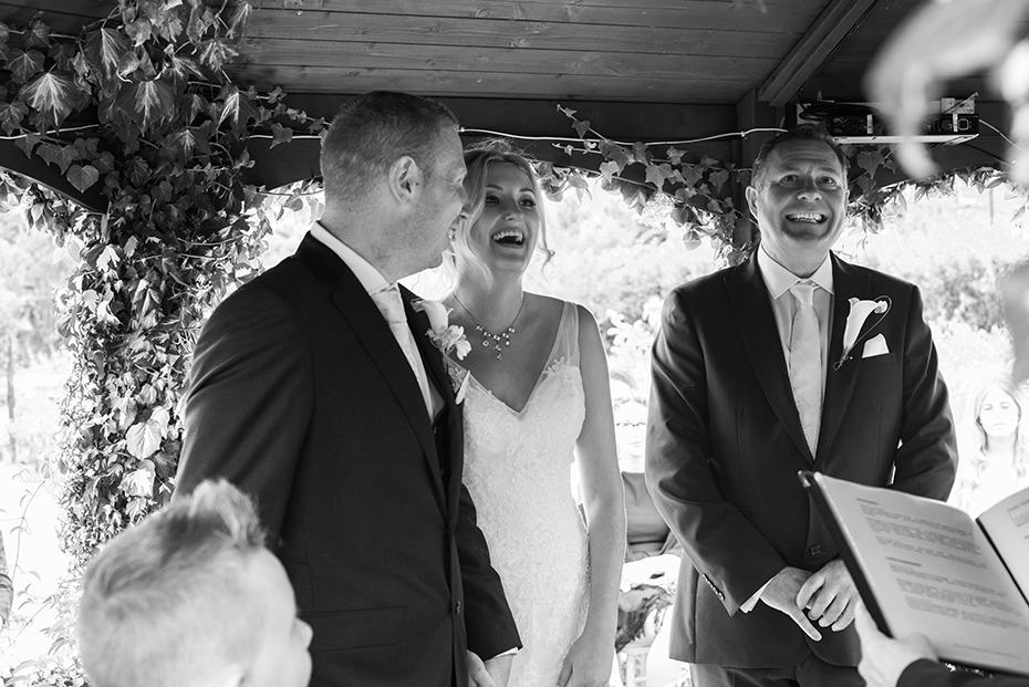 wedding photographer The secret garden