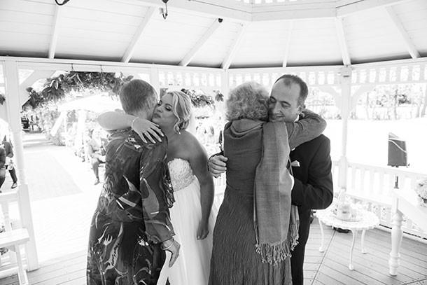 the Old Kent Barn Wedding Photographyers