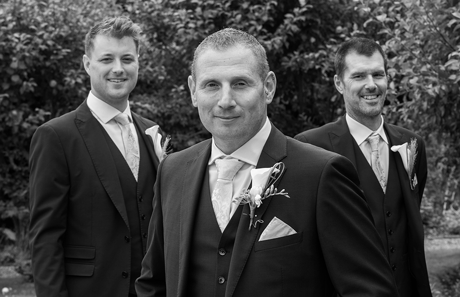 The secret garden Kent wedding photographers